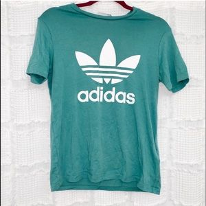 Adidas | green trefoil graphic shirt S